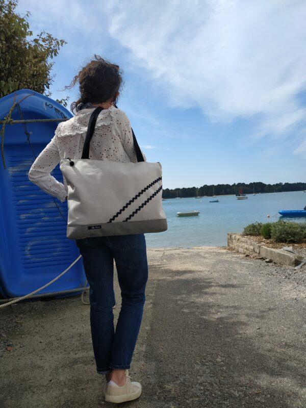 sac weekend-rayé noir et blanc-gris-vagues noires